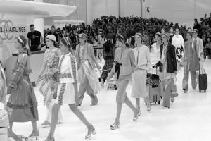 chanel-spring-2016-paris-fashion-week-runway-5